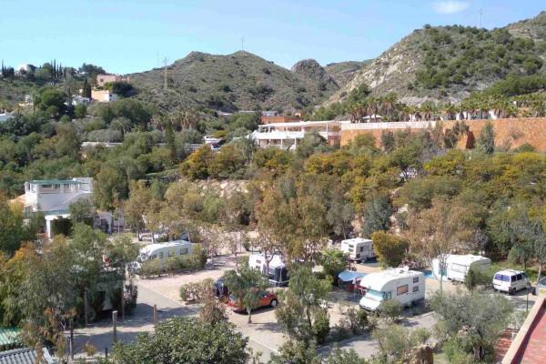 camping-cueva-negra-mojacar-almeria-andalucia-spain-zona-caravanas-reducB071D752-66AF-48F8-F074-2827F7B2E9B8.jpg