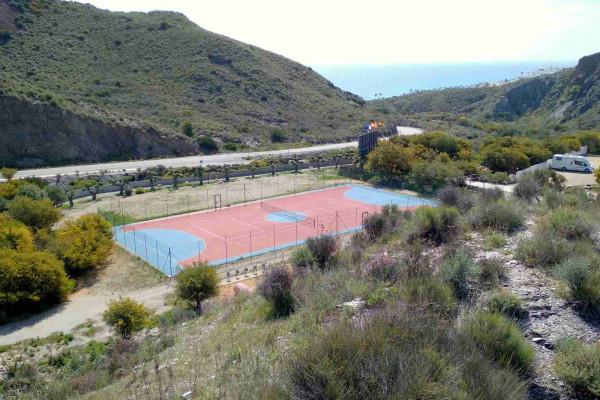 tenis-y-playa-camping-abril-mojacar-almeria904F6990-2F84-1C0C-DAC9-B8F449DED3BC.jpg